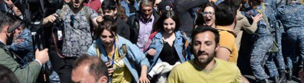 Большое шествие оппозиции в Ереване. Стримы
