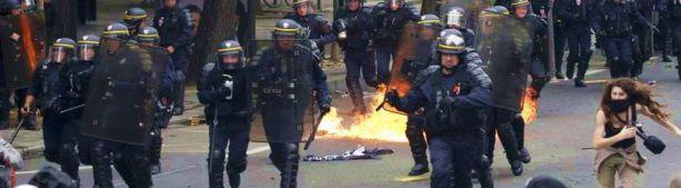 Франция в огне