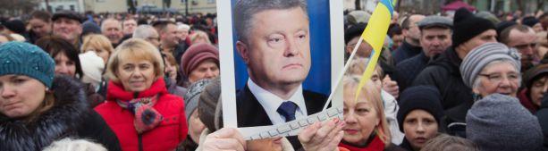 Порошенко пообещал после выборов вернуть Крым «без договоренностей»
