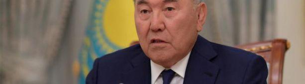 Назарбаев предложил Путину и Зеленскому встретиться в Казахстане